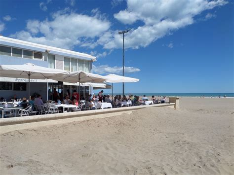 Afternoon caffee at Valencia beach http://www