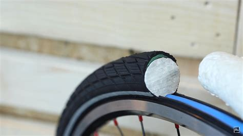 First Look: Schwalbe Airless System - Luftpumpe ade
