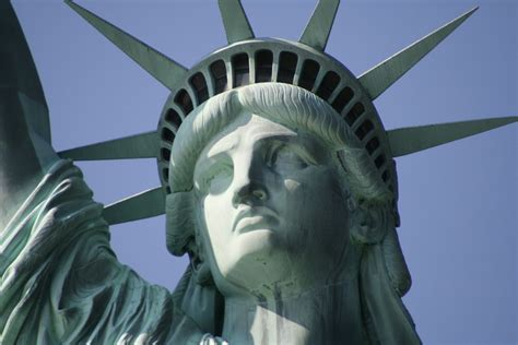 Google will soon let you tour the Statue of Liberty in