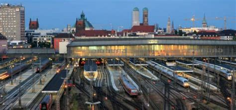 Timetables and Maps for Public Transport in Munich