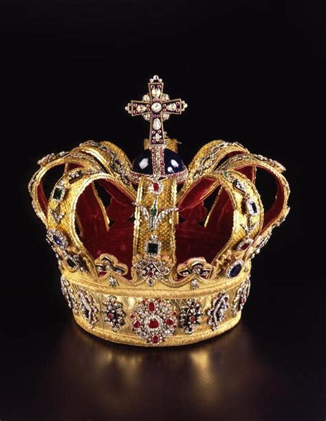 Official and Historic Crowns of the World and their