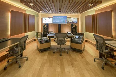 BOSTON SYMPHONY ORCHESTRA UNVEILS WSDG-REDESIGNED CONTROL