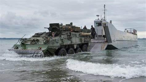 Armed forces hit Army Bay on amphibious exercise | Stuff